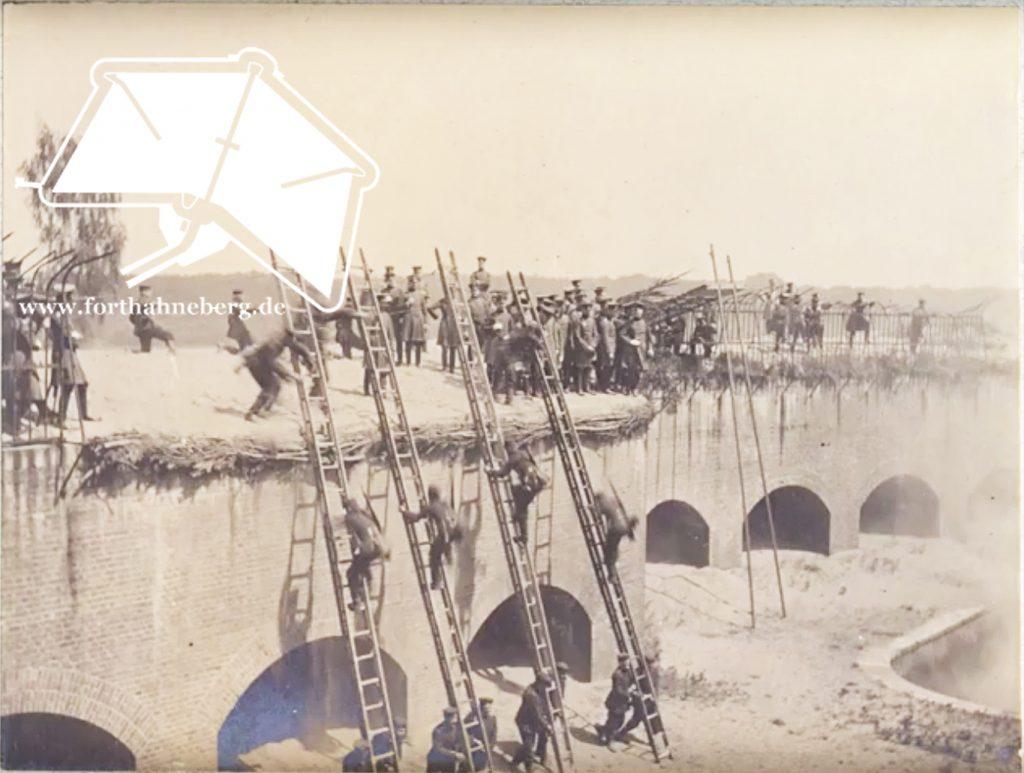 Postkarte Sturmübungswerk Spandau